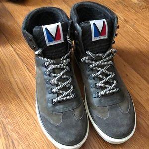 Men's LV sneakers